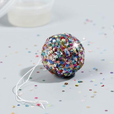 Mini disco bal met sticky base