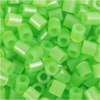 Strijkkralen, afm 5x5 mm, gatgrootte 2,5 mm, medium, neon groen (32237), 1100 stuk/ 1 doos