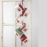 Kerstkalender met zelf te vouwen doosjes