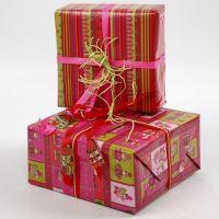 Geschenkverpakking van Vivi Gade Design Papier (Helsinki-serie)