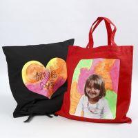 Een kussen en tas met Transfer Print