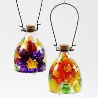 Glazen wespenvanger gedecoreerd met bloemen
