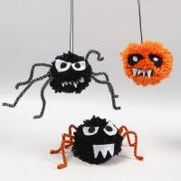 Creepy-Crawlies voor Halloween van pompoms, chenille en vilt