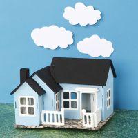 Geverfd en gedecoreerd houten huis