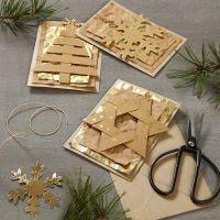 Kerstkaart met hangende decoraties van Faux Leather