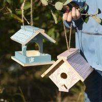DIY Vogelhuis geverfd met Plus Color Acrylverf